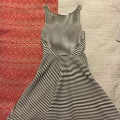 H&M dress Super cute brand new H&M dress. New with tags never been worn! H&M Dresses Mini