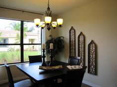 Add Tuscan touches to your Florida dining room