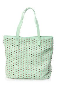 Mint is in! Get this Steve Madden Studded Mint Green Tote and more bags for spring break + 7% cash back  http://www.studentrate.com/itp/get-itp-student-deals/Lulu-s-Student-Discount--/0