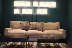 Caravane saint germain on pinterest sofas natural living rooms and wall lamps - Canape poltrone et sofa ...