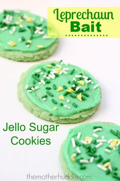 Jello Sugar Cookies...made with lime jello they are perfect Leprechaun Bait!  Play #hititrich now --> http://zynga.tm/p0At