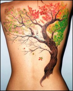 Fall Tattoo on Back Tattoo Idea One of the best tree tattoo idea inked on the woman's back. Tree Tattoo Back, Cool Back Tattoos, Oak Tree Tattoo, Trendy Tattoos, New Tattoos, Body Art Tattoos, Tattoos For Guys, Tattoos For Women, Tatoos