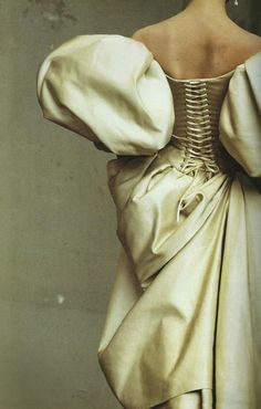Stunning Irving Penn image of a Christian Lacroix dress for US Vogue - 1995, though this could so easily be a detail from a Vermeer or some Venetian painter of an earlier era.