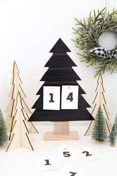 DIY Christmas Countdown Wood Tree - Alice and Lois