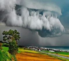 Supercell Thunderstorm over Ancona, Italy All Nature, Science And Nature, Amazing Nature, Amazing India, Weather Cloud, Wild Weather, Storm Clouds, Sky And Clouds, Rain Storm