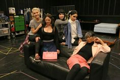 julianne hough, kether donohue, carly rae jepsen, vanessa hudgens, and keke palmer backstage in rehearsal for grease live