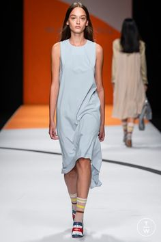 f8987abf Maryling - Spring/Summer 2019 - Look 23 Fashion Show Collection, Outfit Of  The