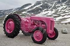 Pink tractor in Norway. Pink tractor on snowed mountain , Pink Tractor, International Tractors, Pretty In Pink, Hot Pink, Monster Trucks, Vehicles, Norway, Wheels, Mountain