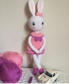 Bunny amigurumi tavşan örgü oyuncak yapmak çok keyifli ınstagram adresim @feyzattkn