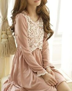 Victorian Style Knitmesh Long Sleeve Dress (Pink)