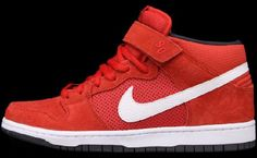 "Nike SB Dunk Mid Pro ""Hyper Red"""