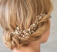 Mini Silver Crystal and Pearl Hair Vine. by ElevenSkiesStudio