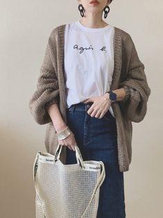Korean Girl Fashion, Muslim Fashion, Japanese Fashion, Look Fashion, Winter Fashion, Fashion Outfits, Ulzzang Fashion, Classy Outfits, Vintage Outfits