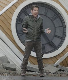 "Sean Maguire - Behind the scenes - 5 * 12 ""Souls of the Departed"" - 4 November 2015"