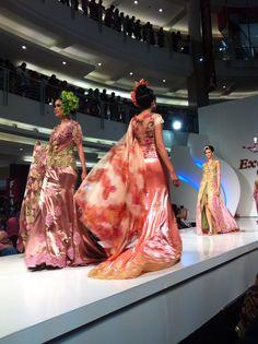 By Broken White  indonesian  kebaya  fashion  style  prety  eastjava   a226cd79e7