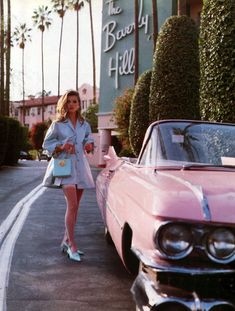 Kate Moss, pink classic car, Beverly Hills Hotel