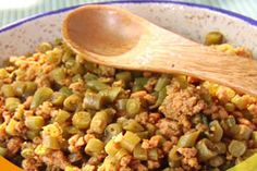 Costa Rica typical food | (ground beef) Picadillo de carne molida y vainicas (stringed beans & carrots)