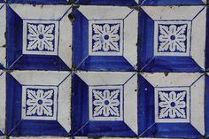 Tiles of Lisbon - Portugal- looks like Hawaiian quilting