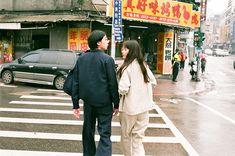 川島小鳥さん写真展「台灣照片」 | URBAN RESEARCH Couple Photography Poses, Camera Photography, Street Photography, Couple Aesthetic, Film Aesthetic, Couple Posing, Couple Shoot, La Reverie, Japanese Couple