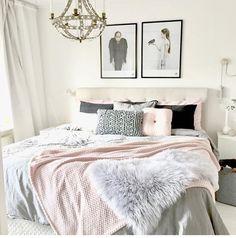 Cute bedroom ideas cute teen bedrooms vintage and pretty chic bedroom design ideas bedroom decor ideas Cozy Teen Bedroom, Cute Teen Bedrooms, Shabby Chic Bedrooms, Awesome Bedrooms, Girls Bedroom, Trendy Bedroom, Teen Bed Room Ideas, Cute Bedroom Ideas For Teens, Cute Bedding For Teens