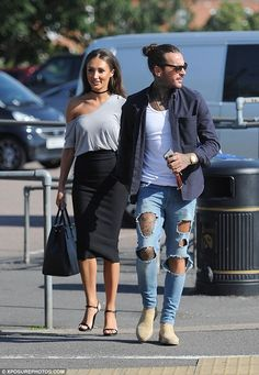 Inseparable: Megan McKenna and Pete Wicks made it a date night, turning up hand in hand with Megan dressed to impress in a tight black midi skirt and one-shoulder top Stylish Mens Outfits, Casual Outfits, Men Casual, Fashion Outfits, Dope Fashion, Unisex Fashion, Mens Fashion, Pete Wicks, David Beckham Style