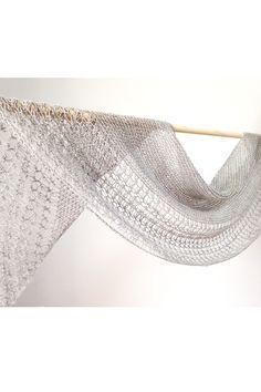 Ravelry: Rosewater shawl with Swans Island Natural Colors Merino Fingering - knitting pattern by Janina Kallio.