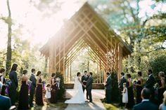 Memphis botanical garden wedding. Tennessee wedding photographer. romantic wedding photos. intimate wedding photos