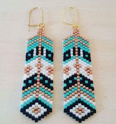 Boucles d'oreilles tissées main - modèle Chantal : Boucles d'oreille par c-creation-de-bijoux