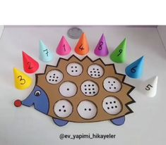 Have children design and make a maths game like this Preschool Learning Activities, Infant Activities, Preschool Activities, Toddler Crafts, Crafts For Kids, Summer Crafts, Graduation Diy, Math For Kids, Kids Education
