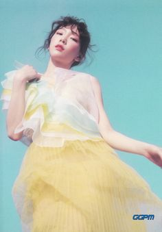 TAEYEON. 1st Album [My Voice(Deluxe Edition)] BOOKLET #MakeMeLoveYou