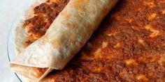 Lavaşın Beşli Tonu: Sadece Beş Malzemeyle Damaklara Aşk Yaşatacak 11 Lavaşlı Tarif - Onedio.com Pizza, First Bite, Lava, Cravings, Cake Recipes, Good Food, Food And Drink, Homemade, Snacks