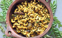 cashew nut curry Read Recipe by thegroovini Vegan Vegetarian, Vegetarian Recipes, Healthy Recipes, Sri Lankan Curry, Coconut Sauce, Coconut Milk, Sri Lankan Recipes, Veggie Stock, Curry Spices