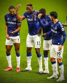 James Rodriguez, Everton Fc Wallpaper, Game Wallpaper Iphone, Screen Wallpaper, Premier League Goals, Sports Channel, Hot Guys, Football, Lifestyle