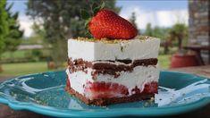 Cold Desserts, Sweet Desserts, Easy Desserts, Delicious Desserts, Dessert Recipes, Chocolate Biscuits, Party Buffet, Yogurt Recipes, Strawberry Desserts