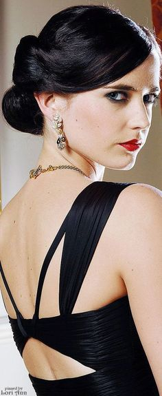 Trending Holidays 2015 - Iconic Red Lips (image features: Eva Green in Casino Royale)