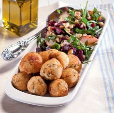 Greek Recipes, Wine Recipes, Greek Cooking, Cooking Fish, Greek Fish, How To Cook Fish, Fish And Seafood, Finger Foods, I Foods