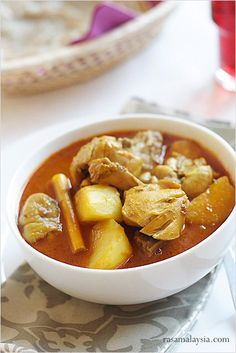 Chicken Curry: For the Nyonyas in Penang, chicken curry  is especially popular and often served with nasi kunyit (coconut milk and turmeric-infused sticky rice).