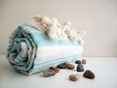 You can feel the pure touch of nature on your skin. By Loovee Designed in Turkey Pool Towels, Summer Essentials, Organic Cotton, Turkey, Touch, Pure Products, Nature, Design, Naturaleza