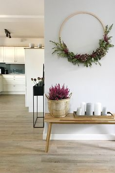 New season, new decoration in the hallway. - New season, new decoration in the hallway. A small DIY with a hula hoop made of wood, eucalyptus, h - Rustic Christmas, Christmas Diy, Christmas Decorations, Holiday Decor, Fall Home Decor, Diy Home Decor, Room Decor, Country Style Homes, Cozy Place