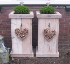 Items similar to planter box from pallet wood on Etsy Pallets Garden, Wood Pallets, Pallet Wood, Wooden Planters, Planter Boxes, Watering Raised Garden Beds, Garden Art, Home And Garden, Pallet Creations