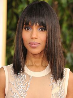 Pin for Later: The Clavicut — the Best Celebrity Midlength Hairstyles Kerry Washington A shattered fringe and razored layers give Kerry's midlength hair a modern edge. Celebrity Hairstyles, Hairstyles With Bangs, Easy Hairstyles, Celebrity Wigs, Hairstyle Ideas, Clavicut, Modern Shag Haircut, Mid Length Hair, Wigs With Bangs