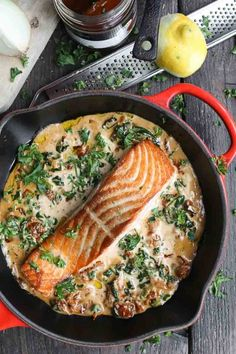 Zalm in citroen-roomsaus - Beaufood Fish Recipes, Seafood Recipes, Healthy Diners, Good Food, Yummy Food, Healthy Summer Recipes, Happy Foods, Avocado Toast, Easy Cooking