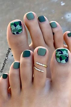 Simple Toe Nails, Pretty Toe Nails, Cute Toe Nails, Summer Toe Nails, Cute Toes, Cute Acrylic Nails, Pretty Toes, Summer Pedicures, Summer Pedicure Colors