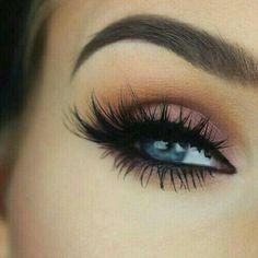 Orange & pink smokey eye.