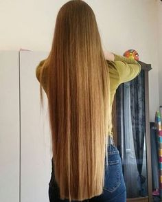 How to Grow Super Long Hair You'll Need: 1 tbsp coconut oil 1 tbsp ... #longhairtips #lovemyhair If You Love... Save This PIN