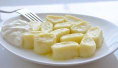 Завтрак для ленивых  Ингредиенты:  Творог 2% — 180 г Крупа манная — 3 ст. л. Яйцо куриное — 2 шт.