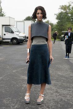 Jasmin+Sewell+ Me gusta la falda, con mis sandalias de suela trenzada de zara
