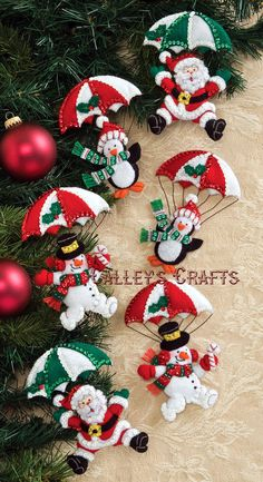 Bucilla Dropping In Felt Christmas Ornaments Kit Snowmen and Penguins Elf Christmas Decorations, Felt Christmas Ornaments, Felt Decorations, Christmas Wreaths, Christmas Makes, Christmas Fun, Christmas Projects, Holiday Crafts, Christmas Sewing