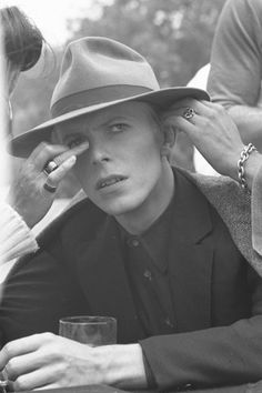 The Man Who Fell To Earth #1