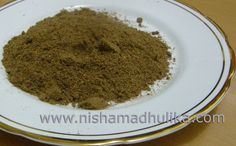 Home made Chana Masala Powder obviously makes the recipe more tempting and tasty than market available masala. Let's make Channa Masals Powder at home today. Chole Masala Powder Recipe, Masala Sauce, Spice Blends, Spice Mixes, Chickpea Recipes, Savoury Recipes, Healthy Cooking, Cooking Recipes, Chinese Five Spice Powder
